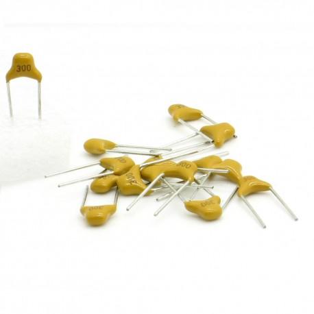 15x Condensateur Céramique Multicouche Monolithique 300 - 30pf - 50v