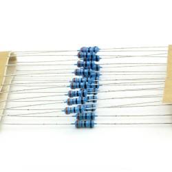 20x Résistances métal ¼W - 0.25w - 1% - 3.3ohm - 3R3 - 139res226