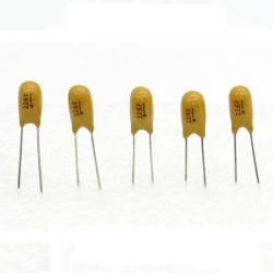 5x Condensateur Tantale AVX 22uF - 16v - 226 - radial - 85con425