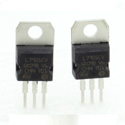 2x L7905CV - L7905 -5V 1.5A - Régulateur Tension - ST - 208IC018