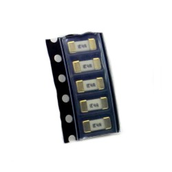 5x Fusible rapide - 4A 125v - 1808 SMD - 6x2.7x2.7mm Littelfuse - 220fus287
