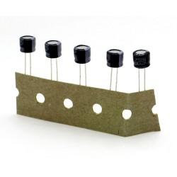 10x Condensateur 100uF 6.3V - 6.3x5mm pas: 3mm